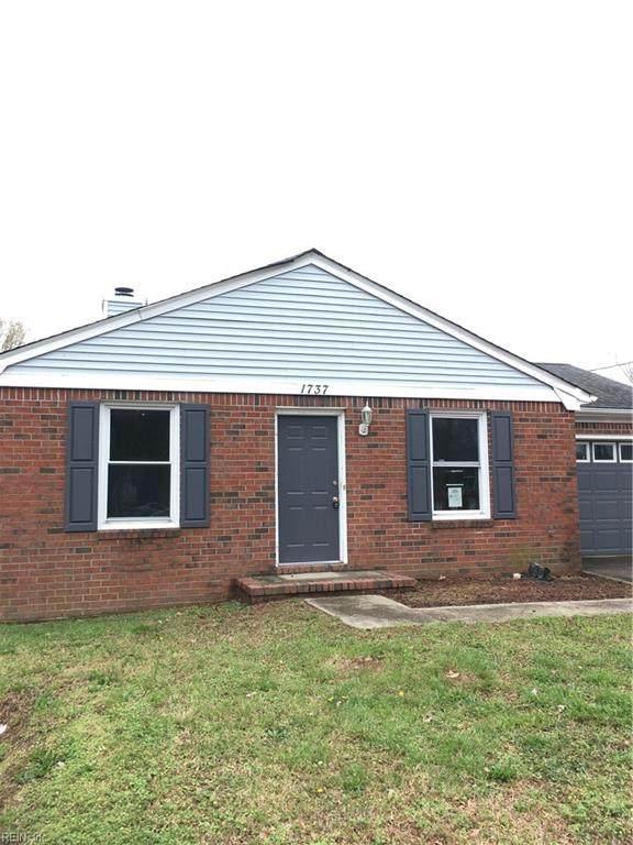 1737 Sparrow Rd, Chesapeake, VA 23320 (MLS #10311461) :: Chantel Ray Real Estate