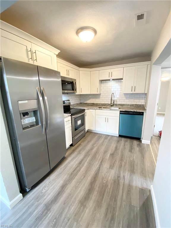 856 Wolcott Ave, Norfolk, VA 23513 (MLS #10311940) :: Chantel Ray Real Estate