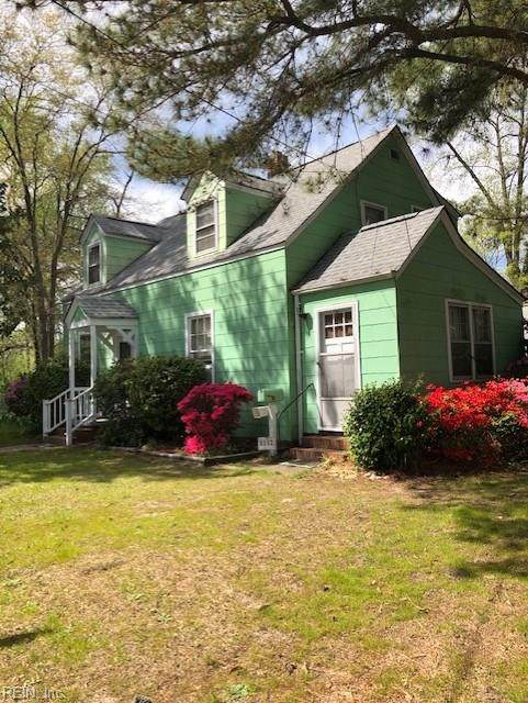 4102 Race St, Portsmouth, VA 23707 (MLS #10312086) :: Chantel Ray Real Estate