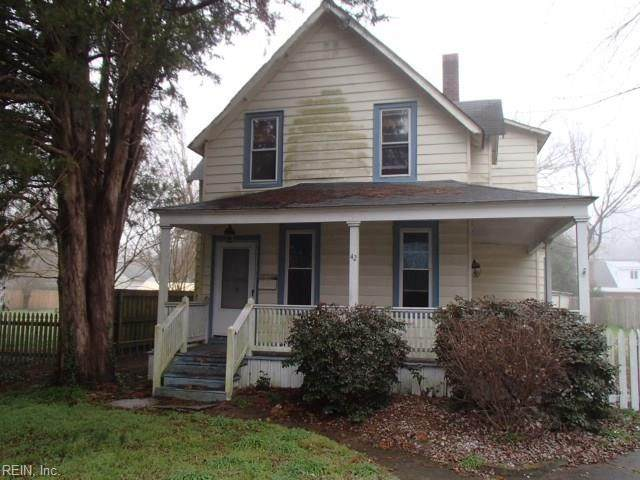 42 Locust Ave, Hampton, VA 23661 (MLS #10312538) :: Chantel Ray Real Estate