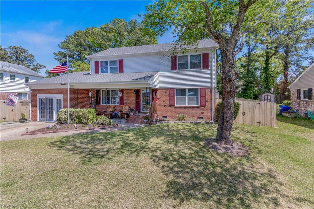 4516 Hunters Point Dr - Photo 1