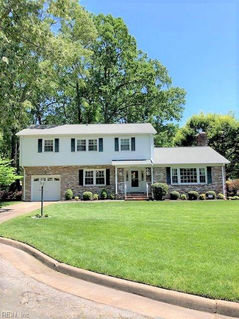 300 Chantilly Ct, Hampton, VA 23669 (MLS #10318479) :: Chantel Ray Real Estate