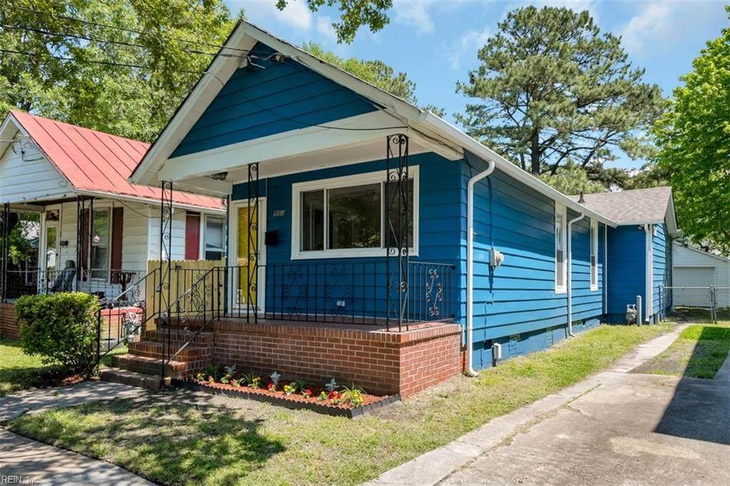 953 Florida Ave - Photo 1