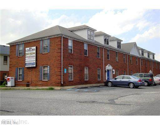 3634 South Plaza Trl - Photo 1