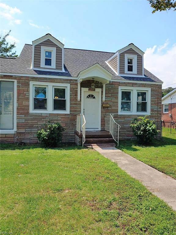 2218 Staunton Ave, Portsmouth, VA 23704 (#10324447) :: RE/MAX Central Realty