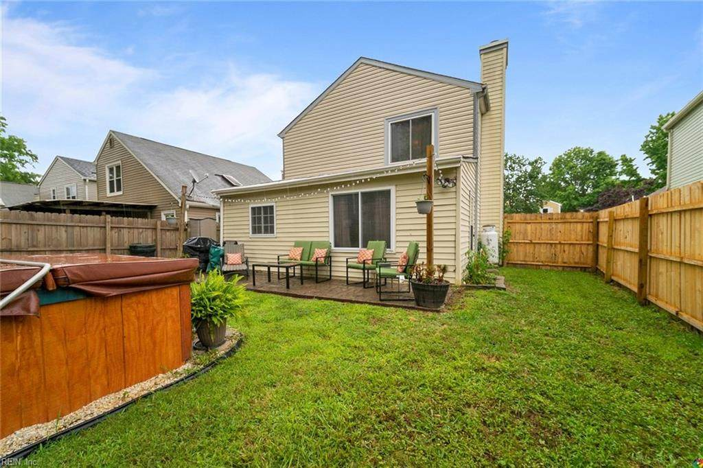 1196 Lord Dunmore Dr - Photo 1