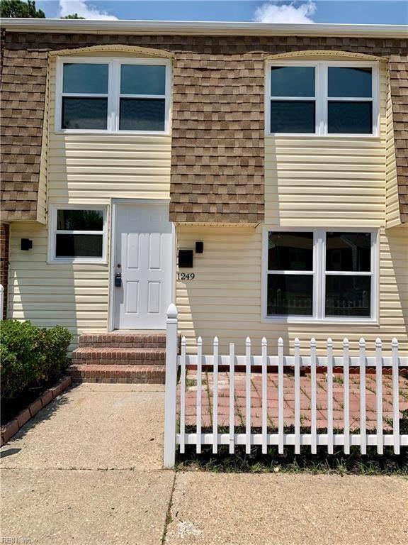 1249 Clydesdale Ln, Virginia Beach, VA 23464 (#10328654) :: The Kris Weaver Real Estate Team