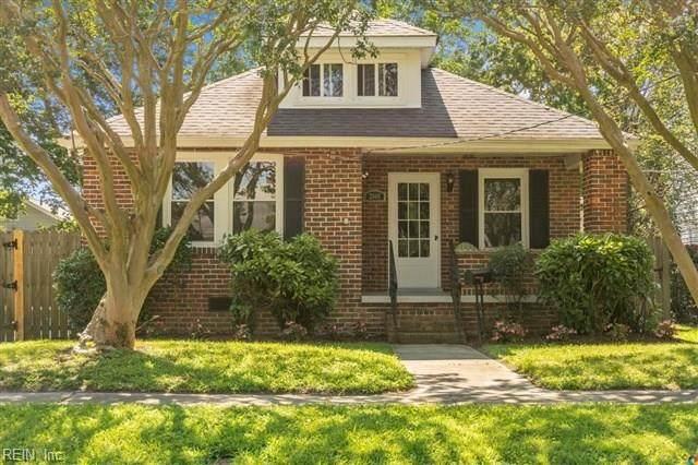 2808 Vimy Ridge Ave, Norfolk, VA 23509 (#10328928) :: The Kris Weaver Real Estate Team