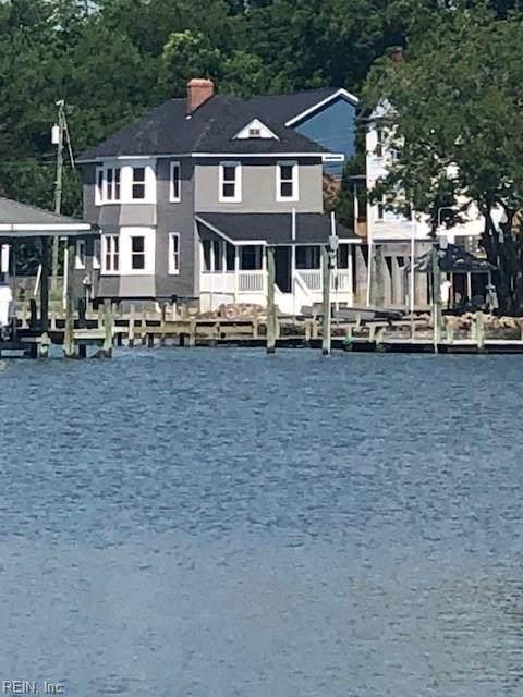 622 River St, Hampton, VA 23669 (MLS #10329131) :: AtCoastal Realty