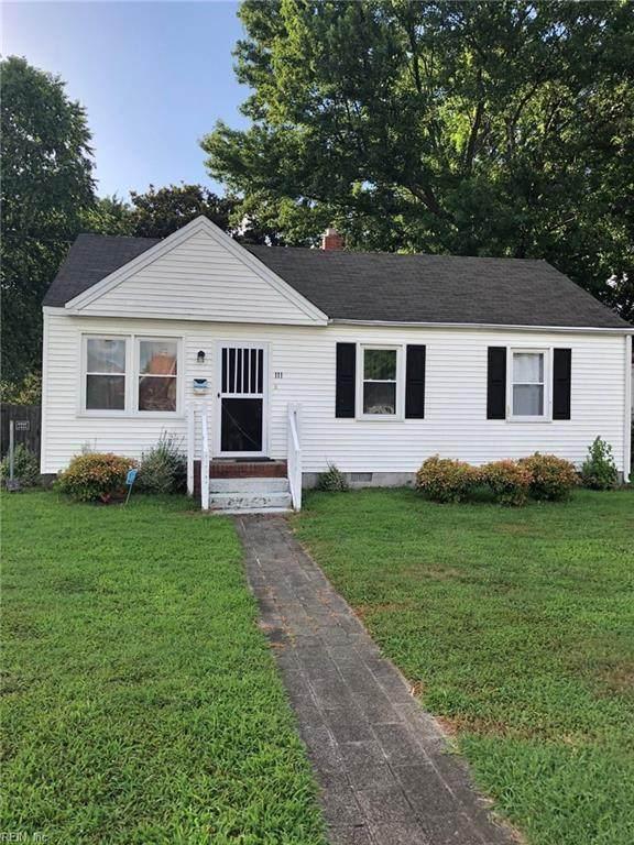 111 Latham Dr, Newport News, VA 23605 (#10329939) :: Berkshire Hathaway HomeServices Towne Realty