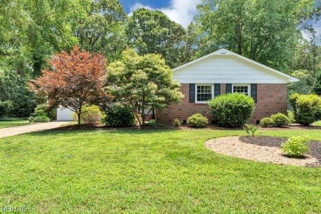 713 Prince Charles Ln, Virginia Beach, VA 23452 (#10330784) :: Berkshire Hathaway HomeServices Towne Realty