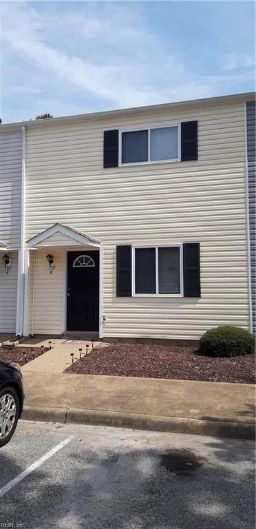 157 Delmar Ln H, Newport News, VA 23602 (#10331814) :: Kristie Weaver, REALTOR