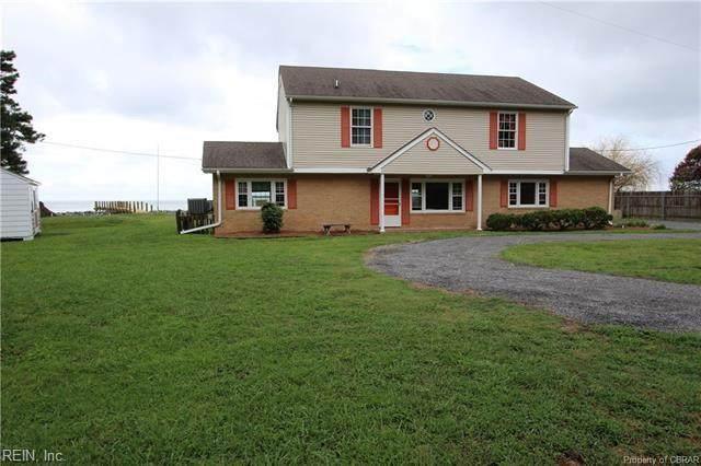 135 Dutchmans Rd, Mathews County, VA 23138 (#10333918) :: Atlantic Sotheby's International Realty