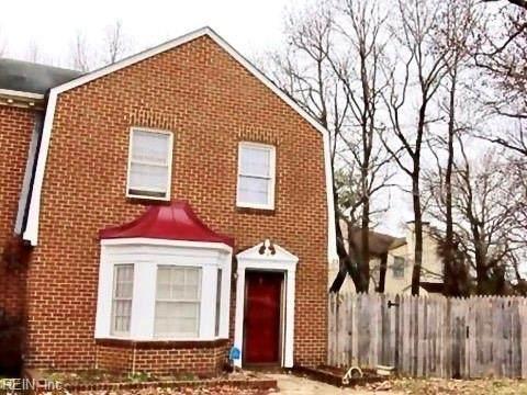 4 Colonial Way, Chesapeake, VA 23325 (#10337398) :: AMW Real Estate