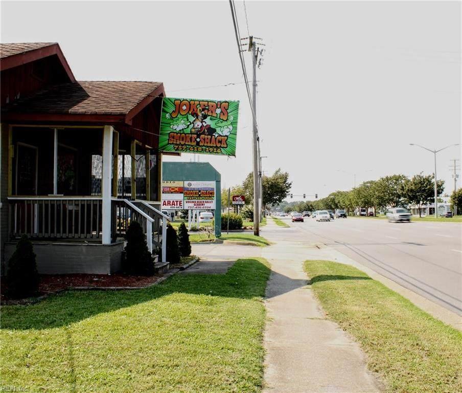 5465 Virginia Beach Blvd - Photo 1