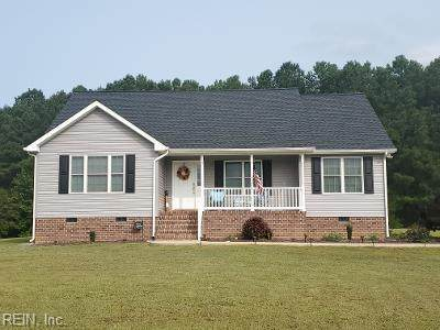 102 Lynns Ln, Middlesex County, VA 23176 (#10341794) :: Encompass Real Estate Solutions