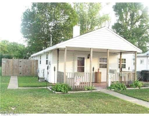 2012 Wood Ave, Hampton, VA 23664 (#10342618) :: AMW Real Estate
