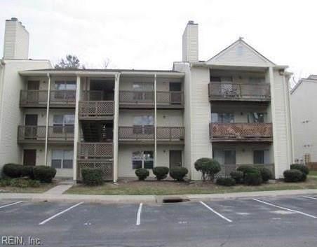 572 Candle Ln, Newport News, VA 23608 (#10343467) :: Encompass Real Estate Solutions