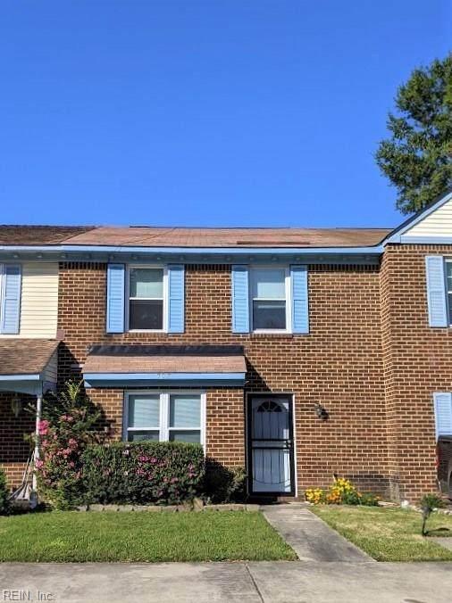 305 Seeman Ct, Virginia Beach, VA 23452 (#10344904) :: The Kris Weaver Real Estate Team
