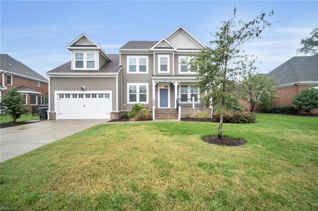 1915 Governors Pointe Dr - Photo 1