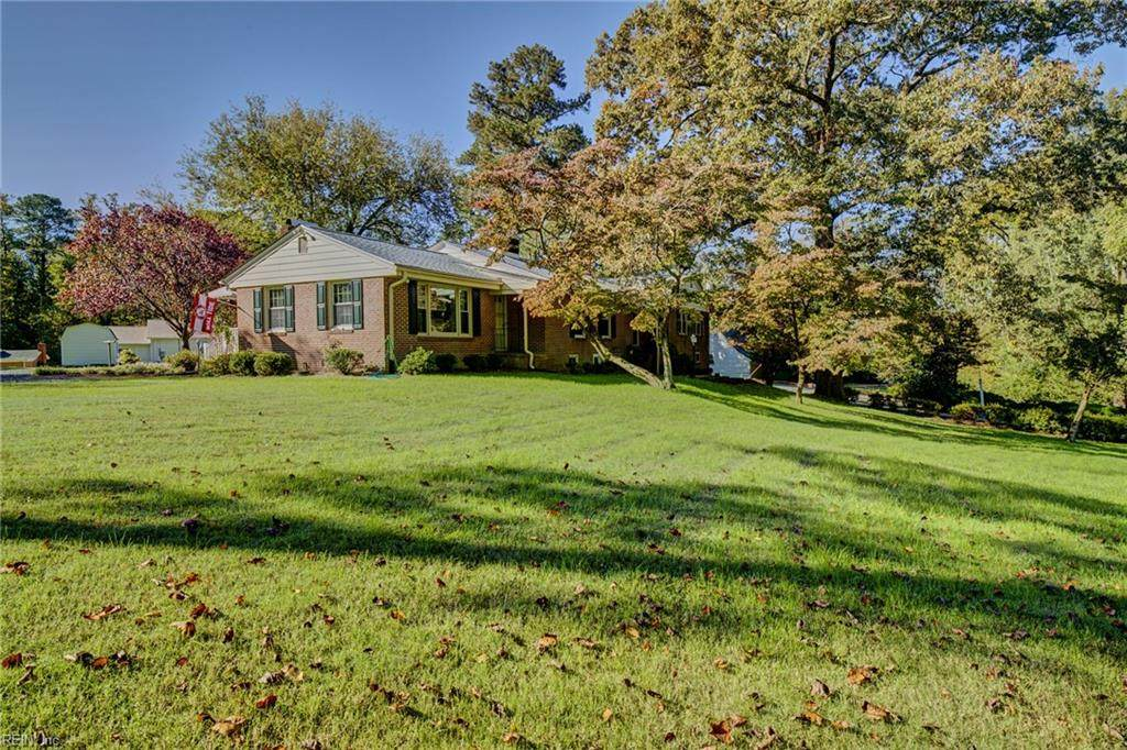 31068 Country Club Rd - Photo 1