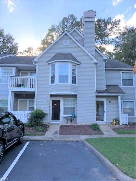 1001 Pebblewood Dr, Virginia Beach, VA 23464 (#10346715) :: The Kris Weaver Real Estate Team