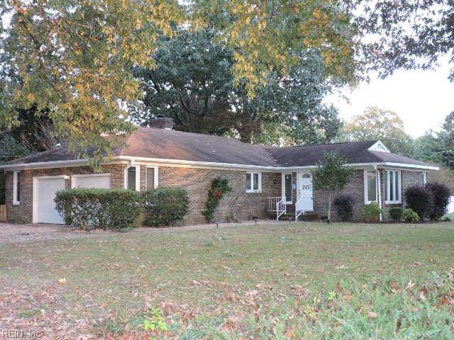 1569 Coleman Dr, Gloucester County, VA 23062 (#10347743) :: RE/MAX Central Realty