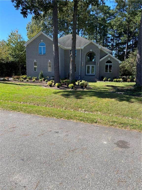 2908 Gaines Lndg, Virginia Beach, VA 23454 (#10347975) :: The Kris Weaver Real Estate Team