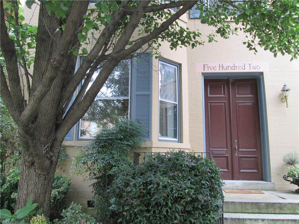 502 Colonial Ave - Photo 1