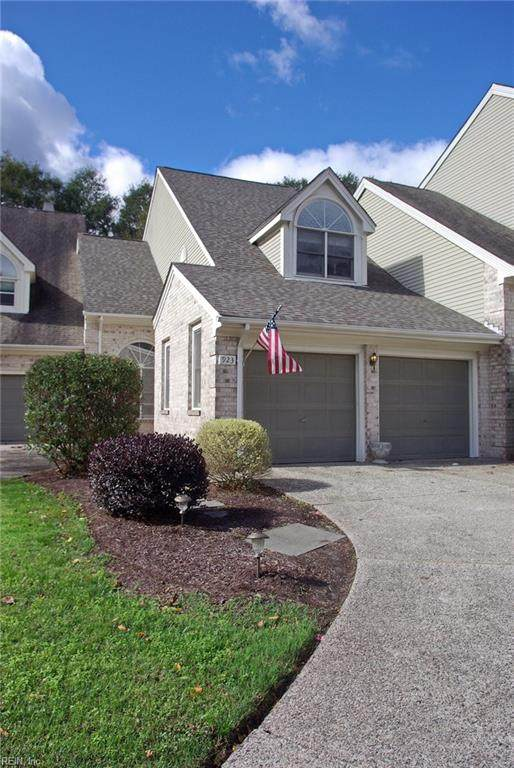 923 Shoal Creek Trl, Chesapeake, VA 23320 (#10348835) :: Crescas Real Estate