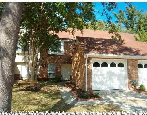 4050 Oak Moss Ct, Chesapeake, VA 23321 (#10351021) :: Berkshire Hathaway HomeServices Towne Realty