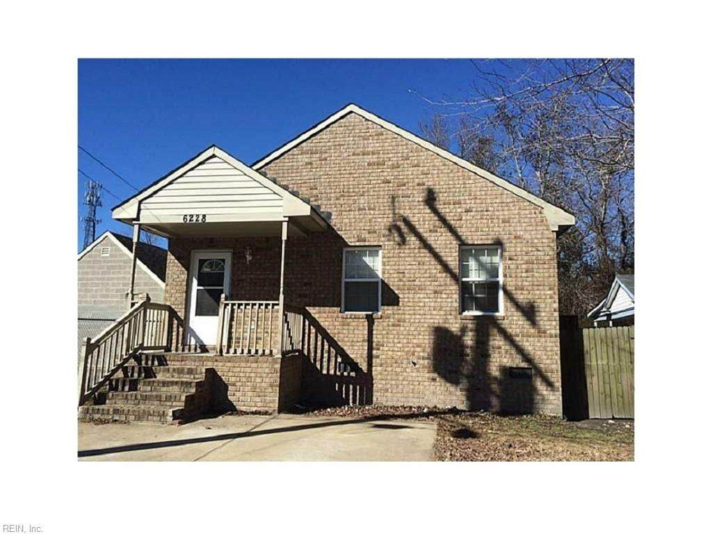 6228 Old Townpoint Rd - Photo 1