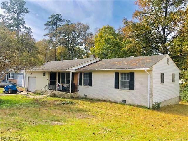 304 Hubbard Ln, York County, VA 23185 (#10353680) :: Community Partner Group