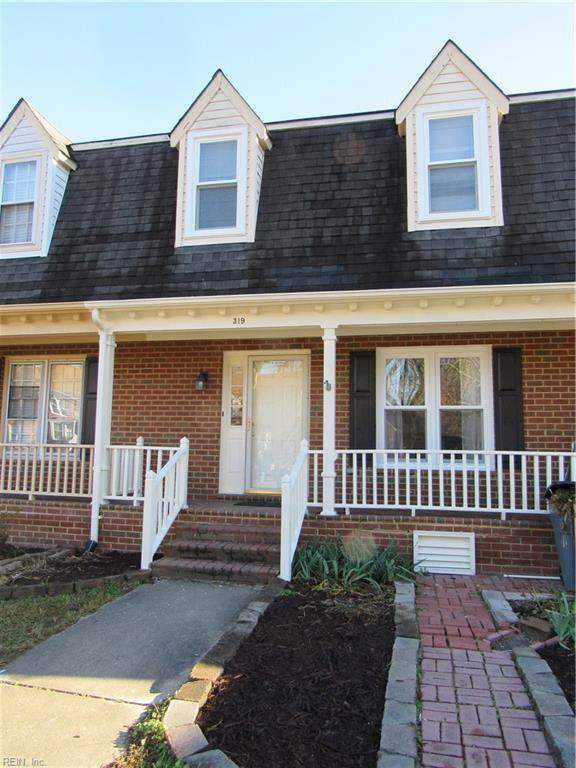 319 Middle Oaks Dr, Chesapeake, VA 23322 (#10354738) :: Judy Reed Realty