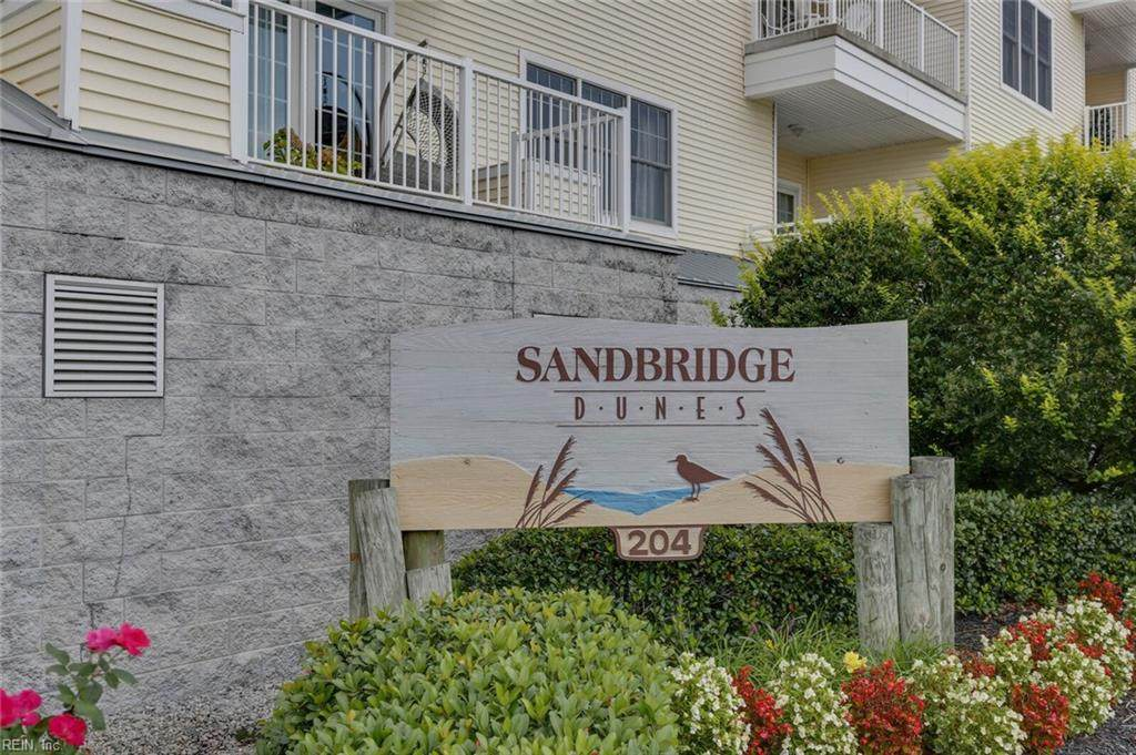 204 Sandbridge Rd - Photo 1