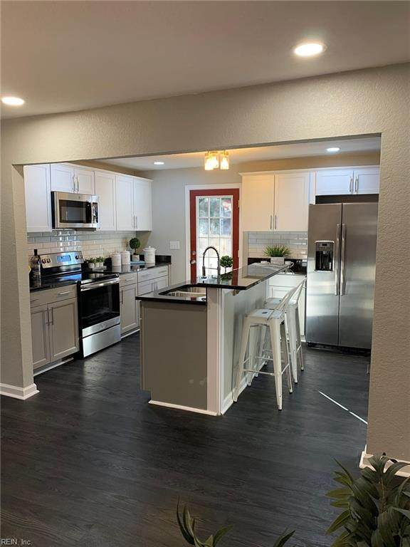 3519 Brighton St, Portsmouth, VA 23707 (#10357277) :: Berkshire Hathaway HomeServices Towne Realty