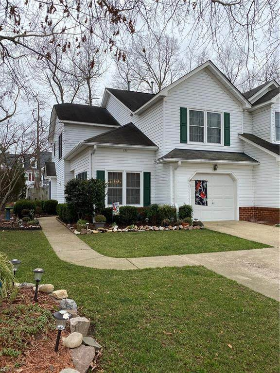 121 Rustling Oak Rdg, York County, VA 23692 (#10357856) :: Rocket Real Estate