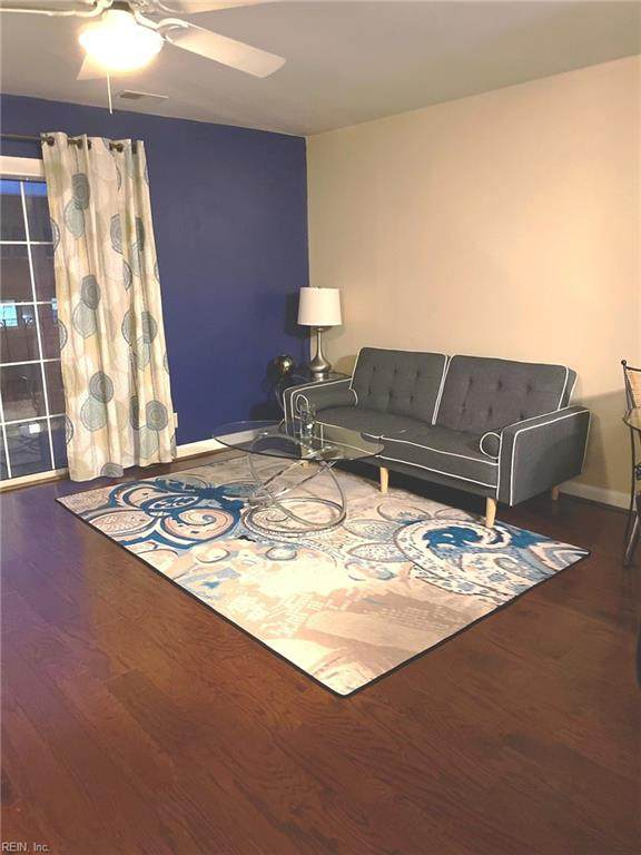 111 High St #407, Portsmouth, VA 23704 (#10357916) :: Berkshire Hathaway HomeServices Towne Realty
