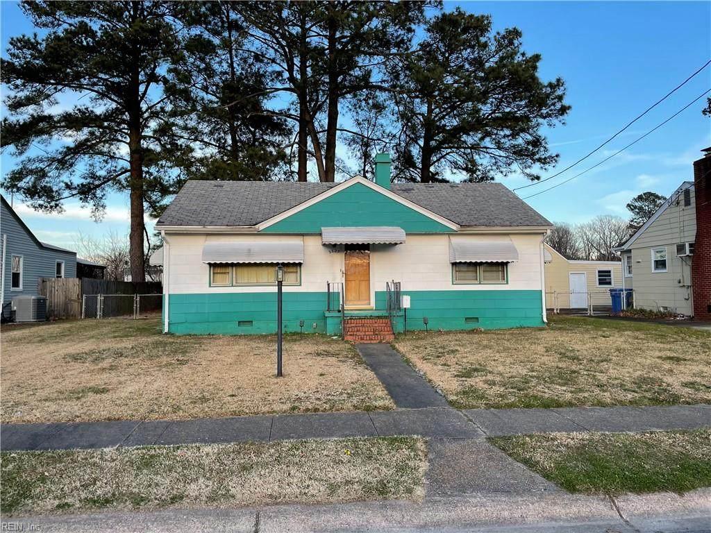 2625 Eastwood Ave - Photo 1