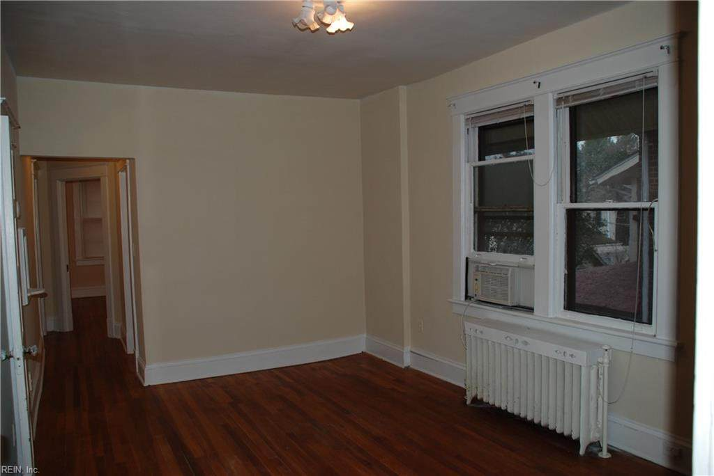 731 Shirley Ave - Photo 1