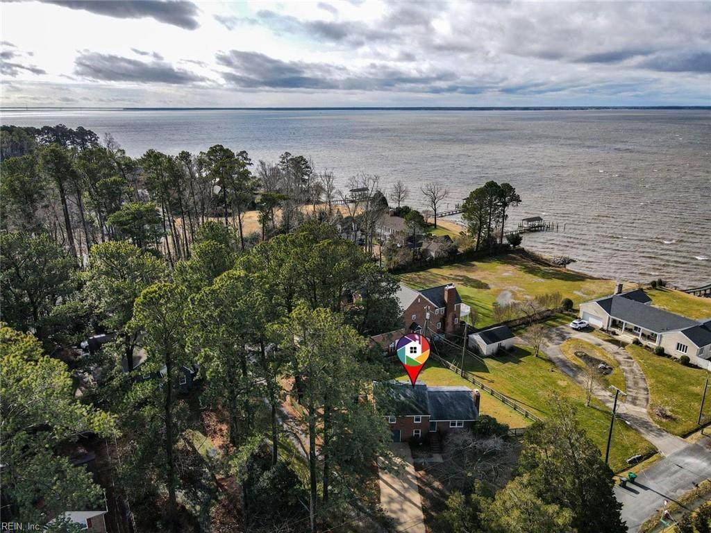 601 Blount Point Rd - Photo 1