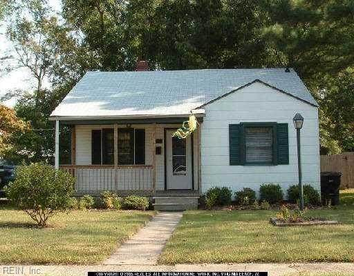 17 Mohawk Dr, Portsmouth, VA 23701 (#10362291) :: Berkshire Hathaway HomeServices Towne Realty