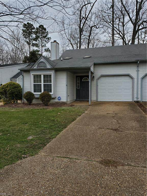 215 Seasons Trl, Newport News, VA 23602 (#10363757) :: Crescas Real Estate