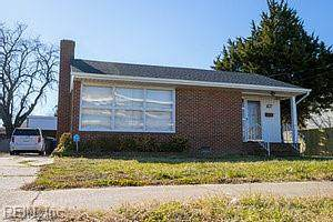 4305 Chestnut Ave, Newport News, VA 23607 (#10363839) :: Verian Realty