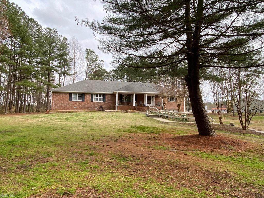 8343 Pineview Rd - Photo 1