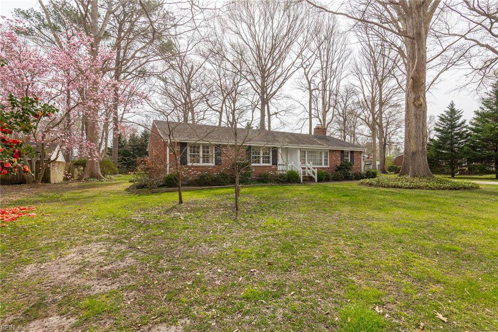 1204 Candlewood Dr - Photo 1