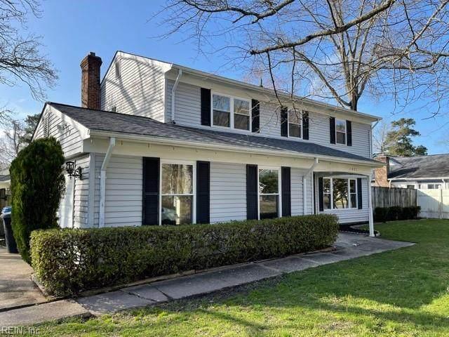 2401 Enchanted Forest Ln, Virginia Beach, VA 23453 (#10367346) :: Berkshire Hathaway HomeServices Towne Realty