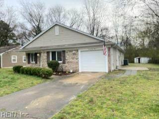 2813 Squire Ct, Chesapeake, VA 23323 (#10368733) :: Berkshire Hathaway HomeServices Towne Realty