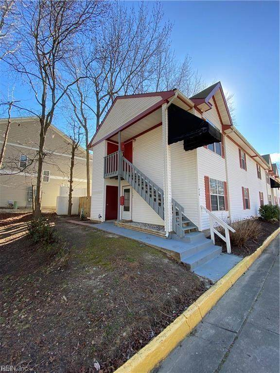 416 Polo Ct #201, Virginia Beach, VA 23451 (#10368747) :: The Bell Tower Real Estate Team