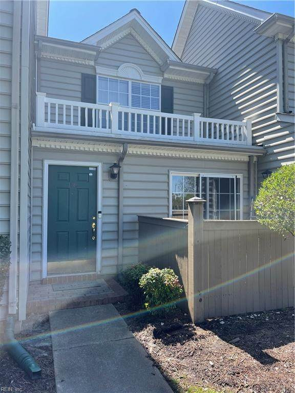 1309 Waters Edge Ln, Suffolk, VA 23435 (#10369255) :: Berkshire Hathaway HomeServices Towne Realty
